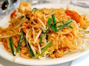 Recette Pâtes de riz sautées à la Thaïlandaise Phat thai sai khai