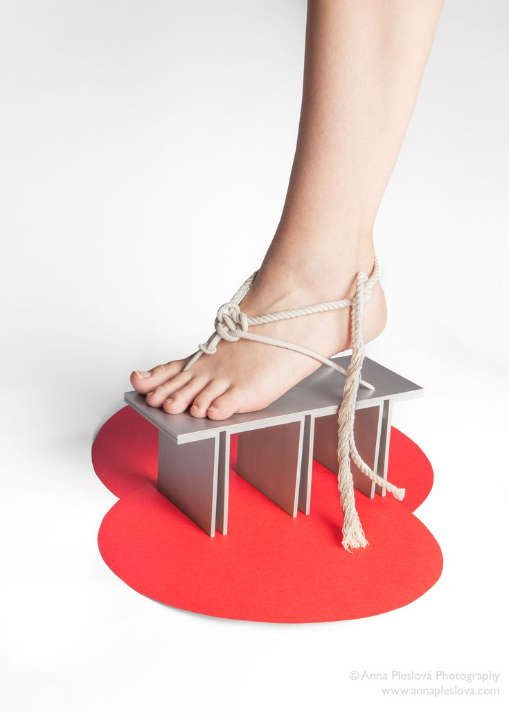 Maria Nina Vaclavkova gejša geta shoes design, produktový fotograf, product photographer, art, fotograf praha, sklo, umění, glass  fotograf skla, glass photographer