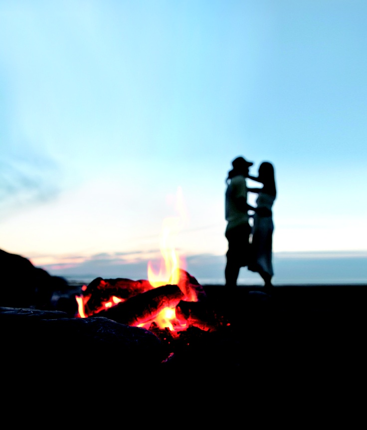Fire, champagne, beach... we're calling this a recipe for date night success.