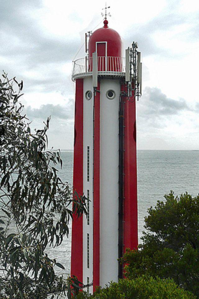 Gibalta Lighthouse, Caxias, near Lisbon - Portugal