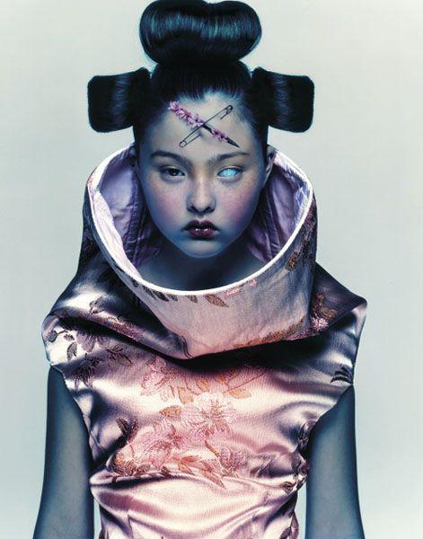 Девон Аоки в фотосессии Ника Найта, 1997 год