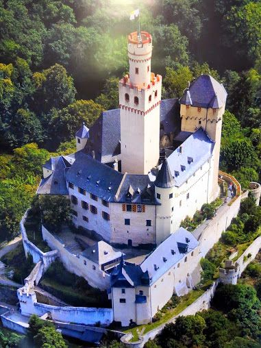 Marksburg Castle is above the town of Braubach in Rhineland-Palatinate, Germany.  It is one of the principal sites of the UNESCO World Heritage Rhine Gorge.  Of the 40 hill castles between Bingen am Rhein and Koblenz the Marksburg was only one which was never destroyed.  Photo: google+