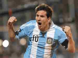 terbaru Maradona: Jika Messi Raih Trofi Piala Dunia, Saya Akan Gelar Karpet Merah