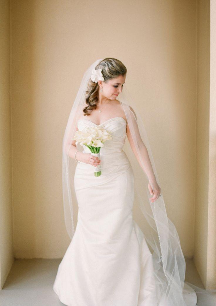 26 plain wedding dresses sarasota for Consignment wedding dresses bay area