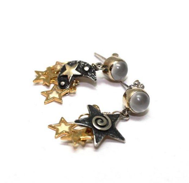 Moon and stars ørepynt - earrings Forgylt sølv  og målesten - Gold vermeil and moon stone