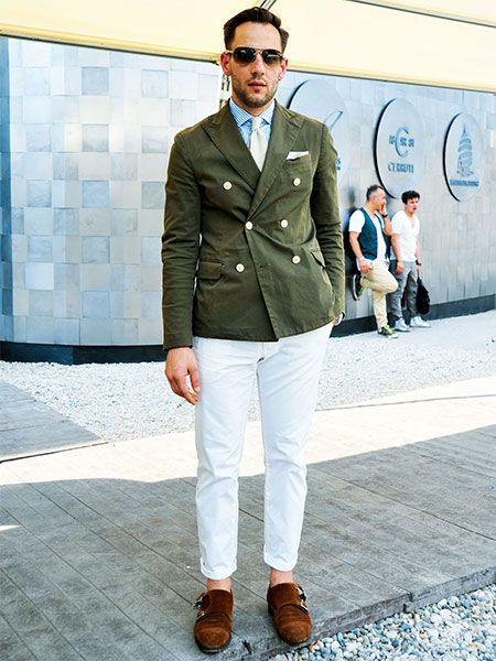 膨張色である白パンツはスリムフィットを選べば間違いなし! | メンズファッションの決定版 | MEN'S CLUB(メンズクラブ)