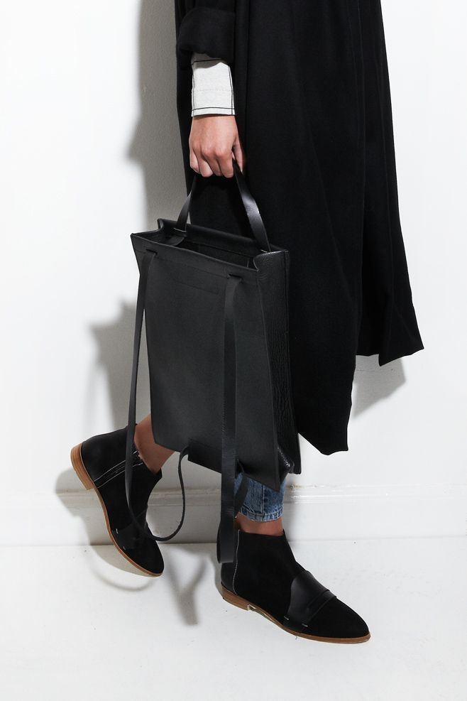 CHIYOME, Frost Tote Pack in Black | Black simple ankle boots  | Black maxi coat