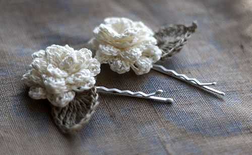 Linen flower hairpins. Crochet.