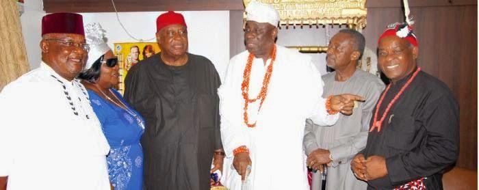Ekpo Esito Blog: Threat to Igbos: Ohanaeze leaders meet Oba of Lago...