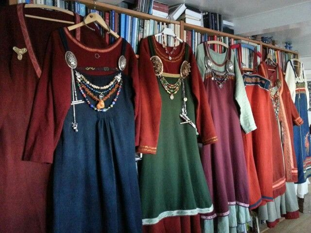 Viking Dresses. Good example for color combinations.