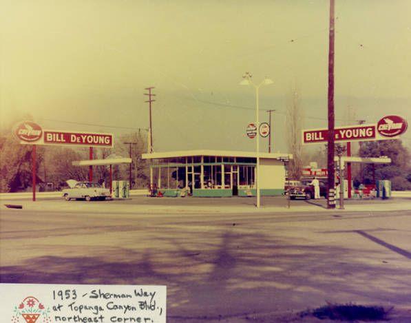Bill DeYoung Chevron gas station, 1953