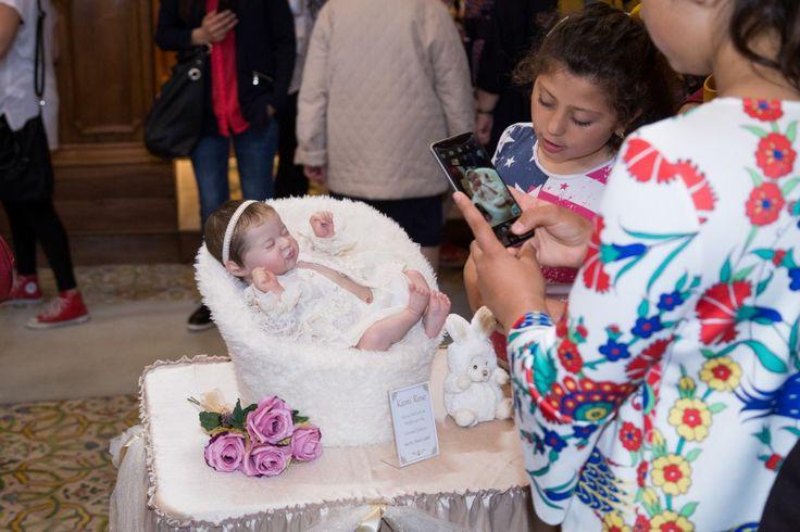 """""""Bambole Reborn in Arte"""" Mostra espositiva di Bambole Reborn dell'artista Laura Cosentino Luogo: Biblioteche Riunite """"Civica e A. Ursino Recupero"""" - Catania (Italy) dal 6 al 20 Maggio 2017  Sito Ufficiale: www.lauracosentinodollshow.it Pagina Facebook Ufficiale: https://m.facebook.com/LauraCosentinoDollShow/ #LauraCosentino #RebornDolls #LauraRebornDolls #Dolls #BamboleReborn #Catania #Sicilia #Italia"""