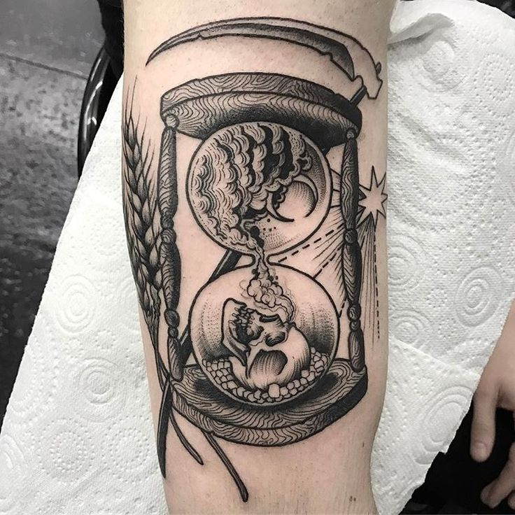 603 best hourglass tattoos images on pinterest hourglass