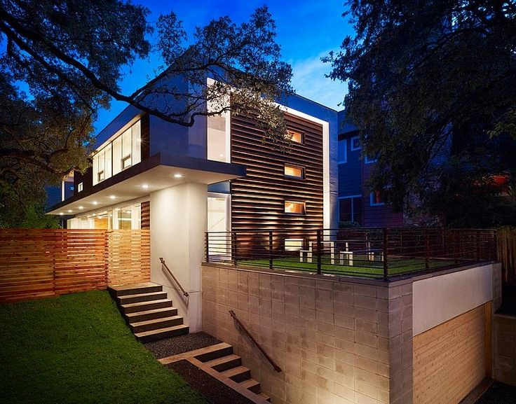 Deep Eddy Residence - Modern 2,500 sf single family residence designed by Baldridge Architects located in an older neighborhood in west Austin, Texas.