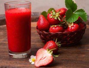3 jahodové smoothies  – jahôdkové potešenie! | Peknetelo.eu