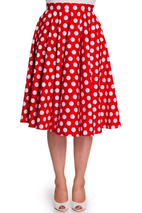 This skirt is so lovely and perfect for early christmas parties ;)