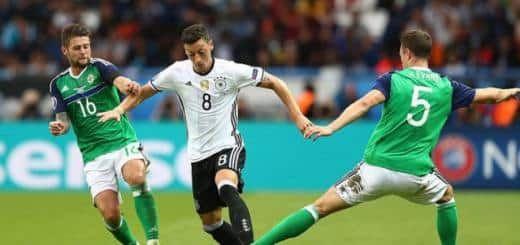 В девятом туре квалификации на ЧМ 2018 года сборная Северной Ирландии 5 октября в 21-45 по МСК у себя на «Уиндзор Парк» проведет встречу со сборной Германии.   Северная Ирландия Ирландцы прекрасно проводят текущий отборочный цикл, и в группе идут следом за сборной Г
