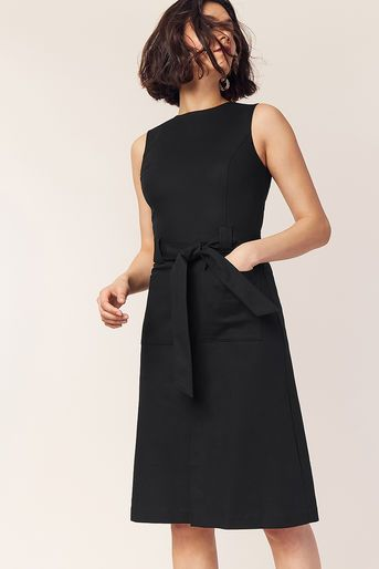 21c57ce6612a Oasis, HIGH NECK MIDI DRESS Black | ♛ Smart Casual ♛ To Buy @ Oasis ☀  Spring / Summer 2019 ☀ in 2019 | Dresses, Black midi dress, Shirts