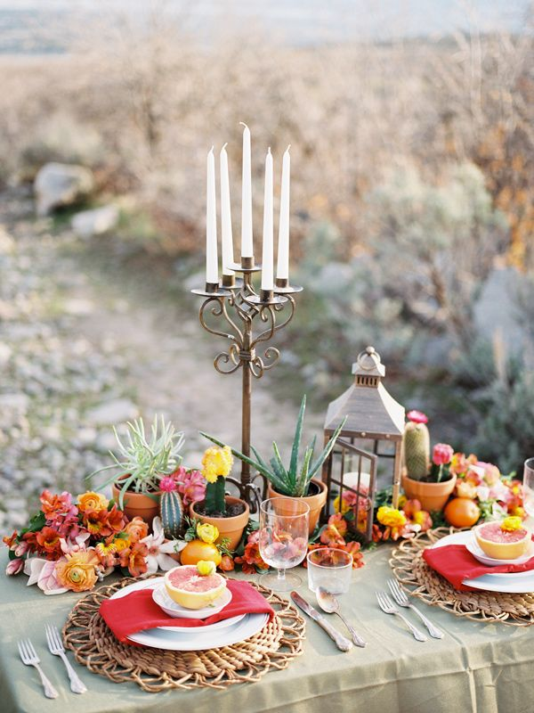 Cinco de Mayo wedding, photo by Chelsea Scanlan http://ruffledblog.com/cinco-de-mayo-wedding-ideas #weddingideas #reception #desertwedding