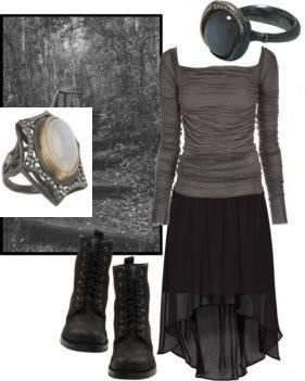 This is the perfect outfit for the dying of summer. That day when the sun shines hard but the breeze is enough to keep you comfortable. Perfect for a walk through a graveyard completely surrounded by woods where you can start to see the leaves change color.