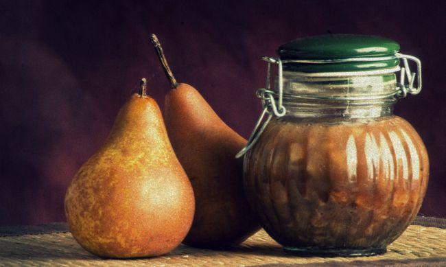 Lacto-Fermented Pear Chutney