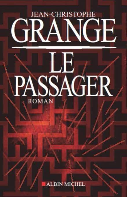 Le Passager - Jean-Christophe Grangé,  Mathias Freire a une maladie étrange.  Il fait des fugues psychiques. Pour savoir qui il est vraiment, il n'a qu'une solution: remonter, l'une après l'autre, ses identités précédentes jusqu'à découvrir son moi d'origine.