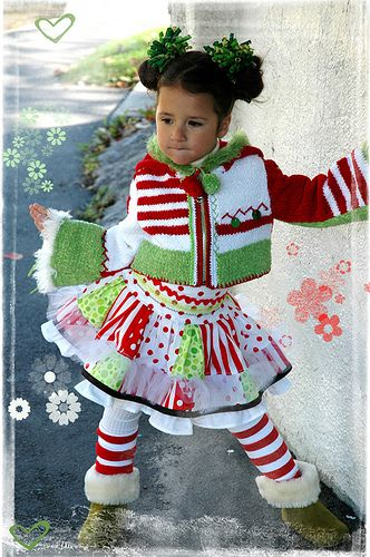 Christmas Skirt!  LOVE IT!  Maybe a adult size version for Chirstmas sweater parties?