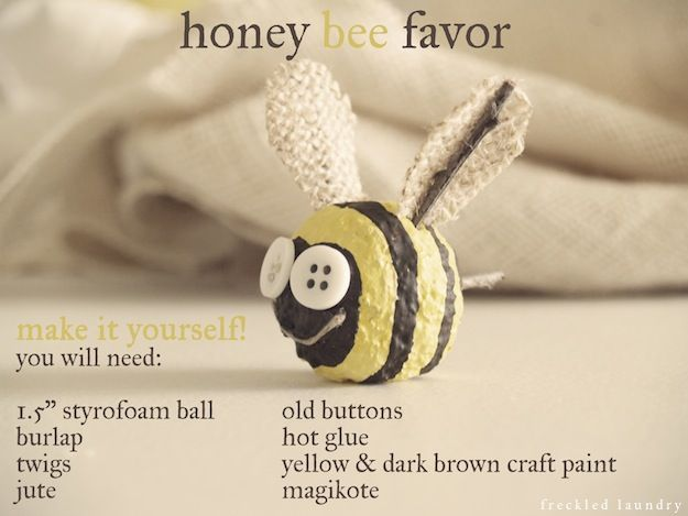 Bumblebee favors made from Styrofoam!Features Decoarting, Crafts Ideas, Favors Features, Beeuti Bees, Bumble Bees, Bees Favors, Bees Stuff, Rustic Bumble, Honey Bees