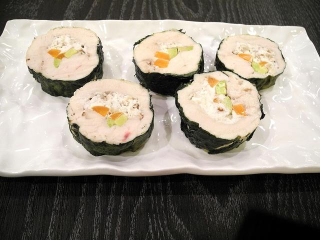 Finto sushi di pollo
