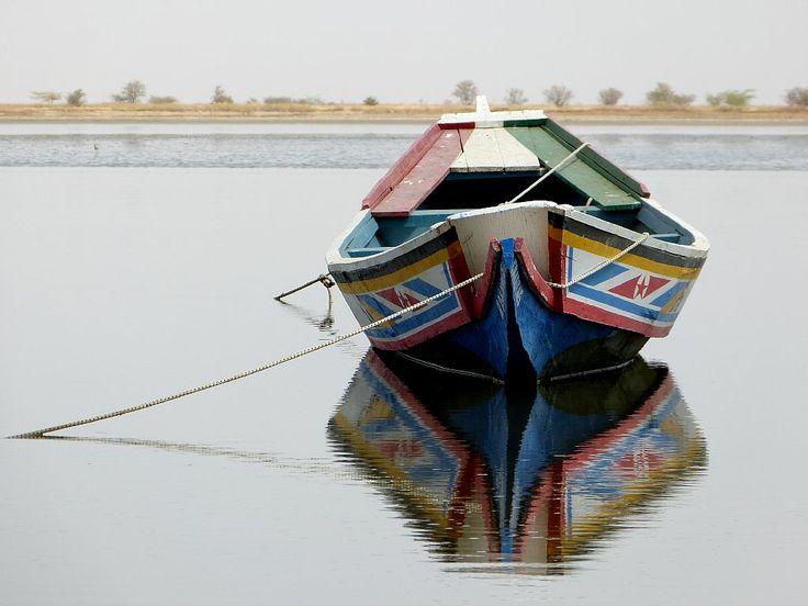 Senegal Petite Cote - la barque et ses rêves sur l'eau