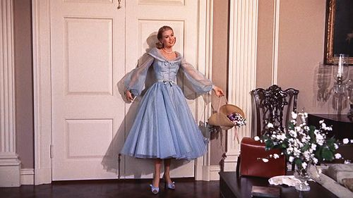 Watched High Society and simply ADORE the clothes that Grace Kelly wore.