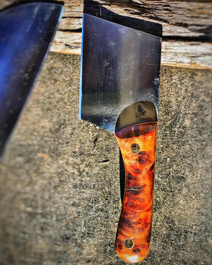#northwesterner #islandlife #pacificnorthwest #rootblade #rustic #cutlery #rusticcutlery #lopezislandknifemaker #lopezislandknife #lopezislandknives #lopezislandcutlery #knife #bladesmith #bladesmithing #knifemaking #knives #handmade #customknives #blacksmith #knifecommunity #knifemaker #bladesmiths #knifeporn #blade #customknife #handmadeknives #edc #amazonburls #cleaver #minicleaver