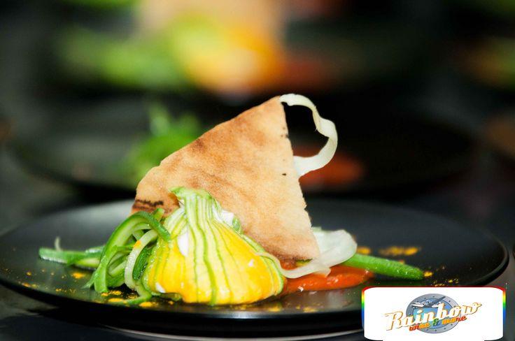 fiori di zucca ripieni di robiola con salsa di peperoni. #recipe #vegetarian