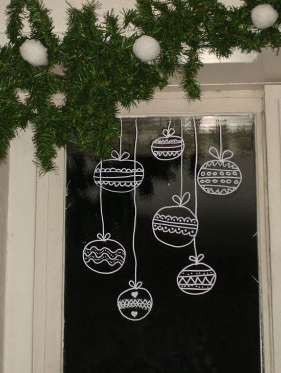17 best ideas about christmas window decorations on for Decoration fenetre noel blanc