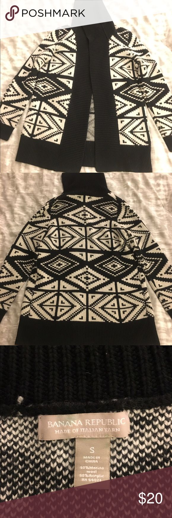 Banana Republic black and white ikat cardigan Soft, comfy cardigan! Great to throw over leggings, jeans, or a summer dress! Banana Republic Sweaters Cardigans