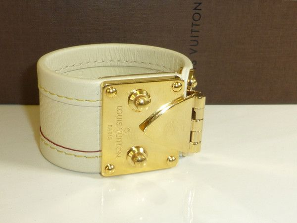 LOUIS VUITTON CREAM LEATHER SUHALI CUFF / BRACELET - BOXED