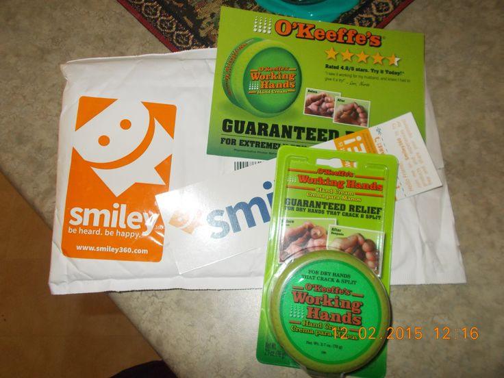 """O'keeffe""""s hand cream works perfectly for me and my hubby..thanks for this free sample @smiley360"""