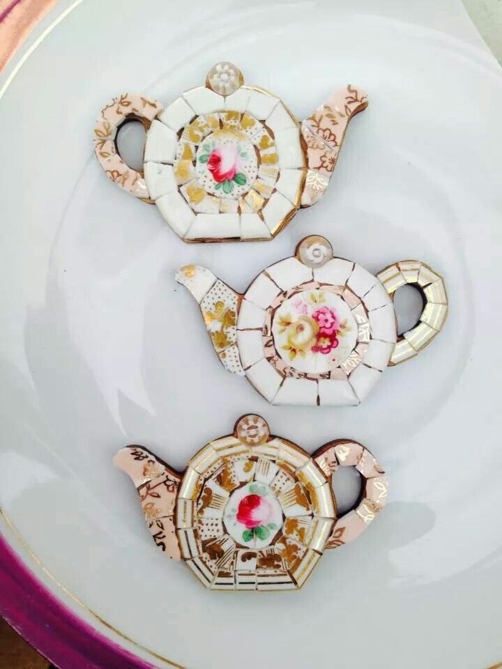 "These are really pretty and make me want to sing the ""I'm a little teapot"" song. XD"