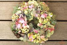 『Wild Strawberry』さんのフラワーアレンジメント1Day Lessonでした♪|Chances News  紫陽花のリース このままドライフラワーになります  #hydrangea #wreath