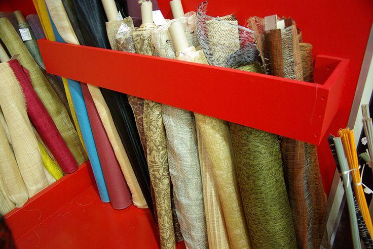 Sisal et Rafia en différentes tailles (0,90m à 1m50) et tissages, pour la préparation de vos chapeaux, sacs ... et décorations en tous genres.