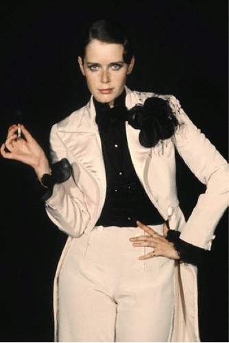 Dutch actress Sylvia Kristel on the film set of Rene la Canne by Christian Simonpietri, 1976