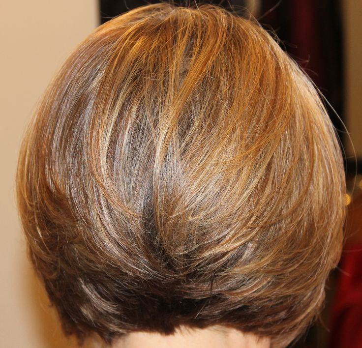 back view, short classic layered bob
