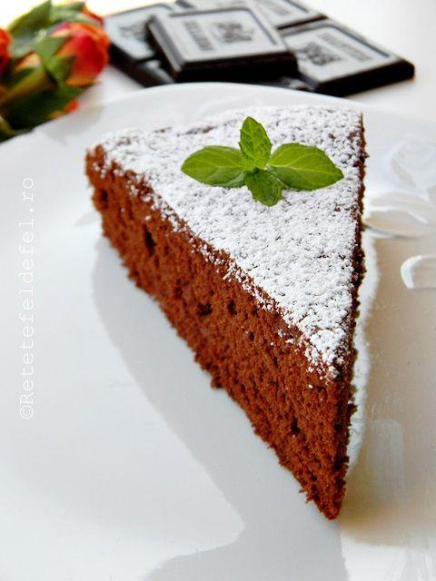 tort din albusuri cu ciocolata