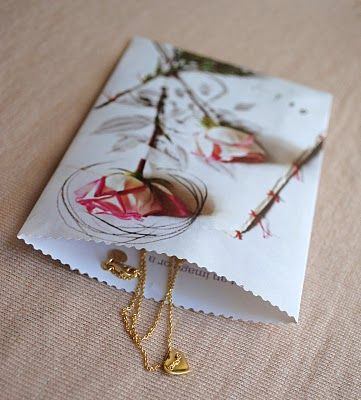 """Upcycle Craft: Paper Gift Bags > these are soooooo easy to make & great way to """"use"""" your magazine pages once you're done w/ it :-)"""