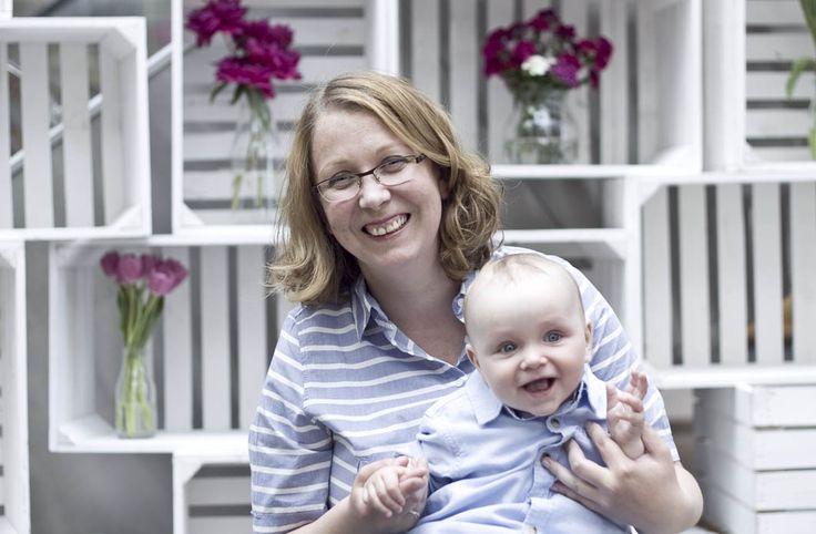 Jak krople wody :) zdjęcia z sesji MiniMe z okazji Dnia Matki. Mama sukienka - KappAhl, synek koszula - MotherCare