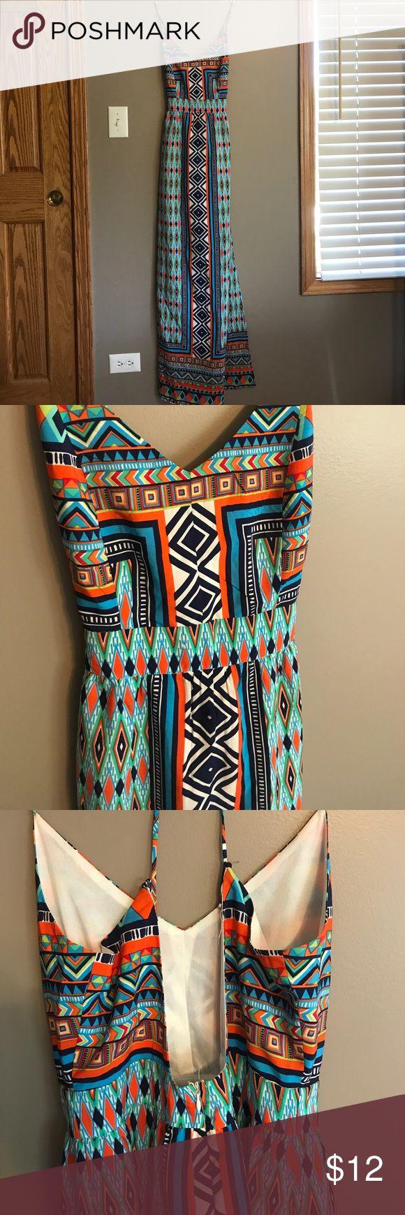 Backless tribal print maxi dress Francesca's tribal print, backless maxi dress Francesca's Collections Dresses Maxi