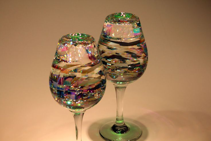 BellaDuos is a contemporary wine glass sculpture by fine art glass artist Jack Storms. Glass Artist Jack Storms' BellaDuos are the only fine art wine glass sculpture ever created.