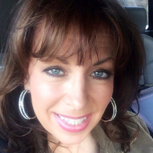 Exclusive–Paula Jones: Hillary Clinton 'Two Faced,' 'Liar,' 'Cares Nothing About Women at All