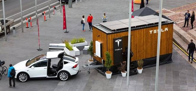 Tesla Tiny House Integrates Solar With Powerwall Towed By Model X Video Treehugger Best Solar Panels Solar Panels Solar Shingles
