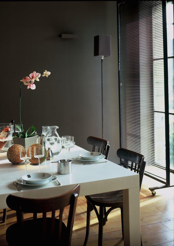 Le Mas des Songes propose une table d'Hôtes sur réservation. Nous favorisons les produits locaux, frais et de qualité.